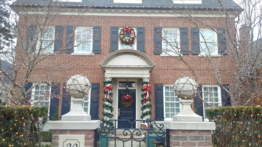 christmas decoration installation